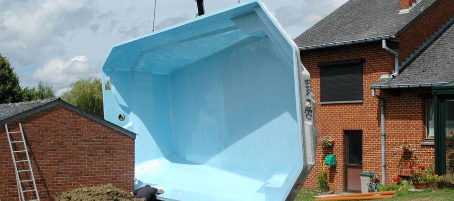 piscine à coque en polyester